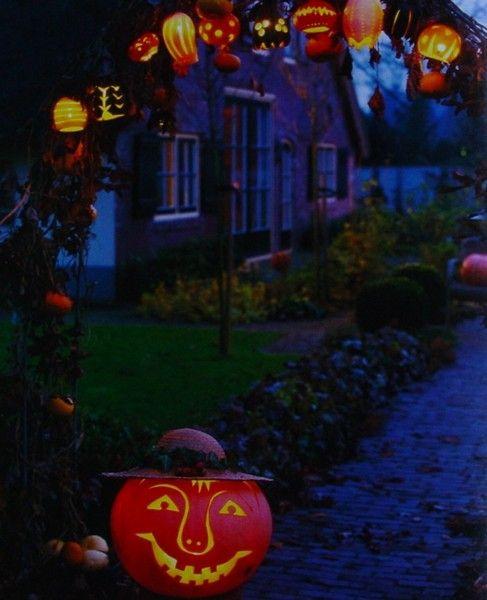 Wanneer Valt Halloween.Halloween Allerheiligen Allerzielen Thomas